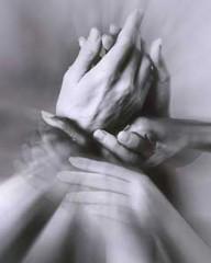 mains div.jpg